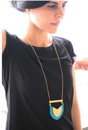 Collar Escudo Verde / Mittú